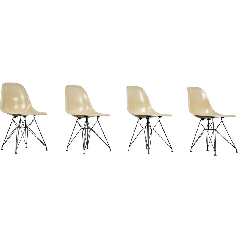 Set of 4 vintage chairs DSX by Charles & Ray Eames for Herman Miller 1970s