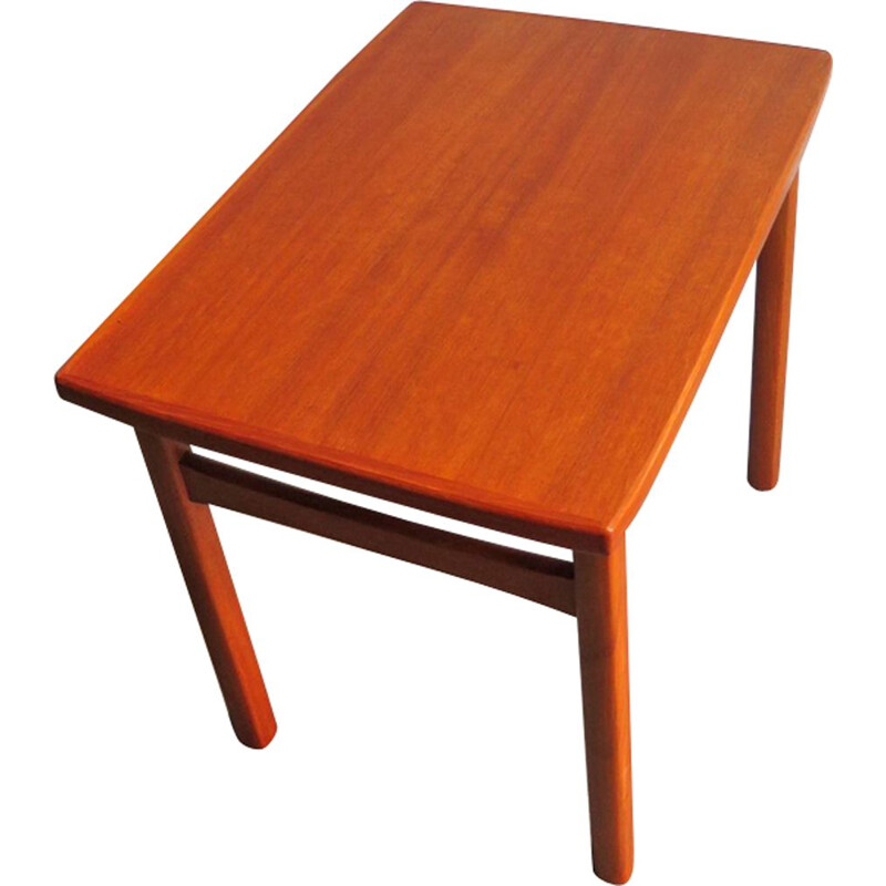 Vintage danish side table in teakwood 1960