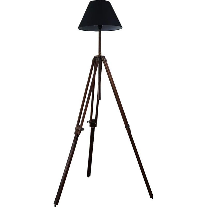 Vintage floor lamp tripod in wood 1980