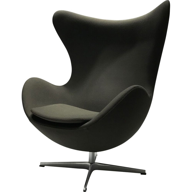 Vintage Egg Chair edition Fritz Hansen Design Arne Jacobsen 2010