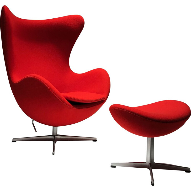 Vintage Egg Chair & Ottoman edition Fritz Hansen Design Arne Jacobsen 2010