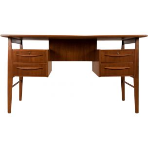 Vintage scandinavian desk by Tibergaard in teakwood 1960