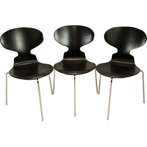 Vintage black ANT chair for Fritz Hansen in wood and metal 1960