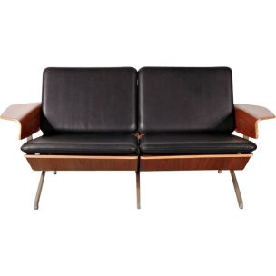 Vintage model FM50 sofa for Pastoe in black leather and plywood 1960