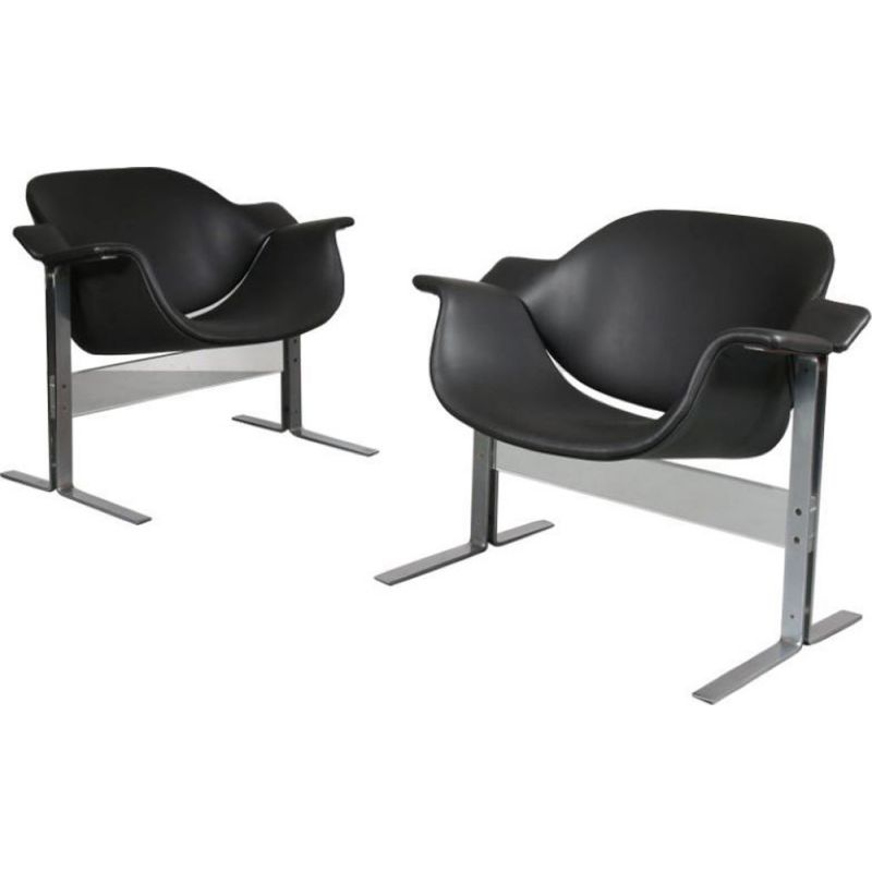 Pair of vintage armchairs for Kembo in black leather and metal 1960