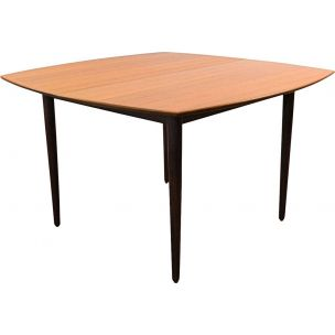 Vintage teak extendable dinner table by Arne Hovmand Olsen for Mogens Kold
