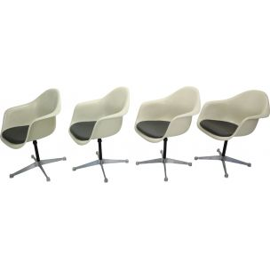Set of 4 vintage swivel chairs by Charles Eames for Herman Miller 1950s