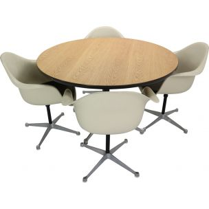Vintage dining set 4 Swivel Chairs & Table by Charles Eames for Herman Miller