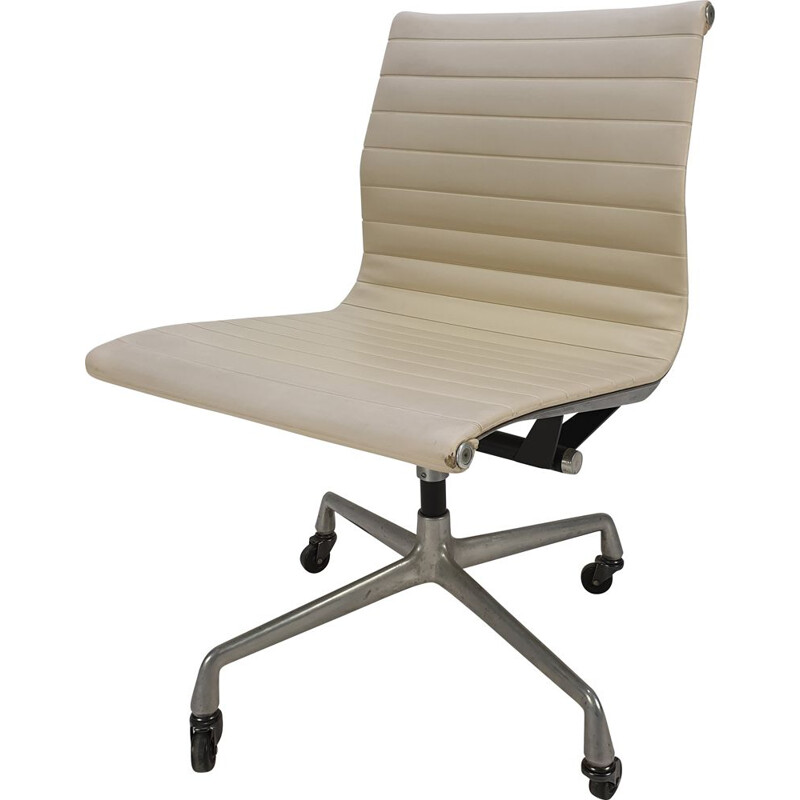 Vintage Swivel Chair by Charles & Ray Eames for Herman Miller, 1960s