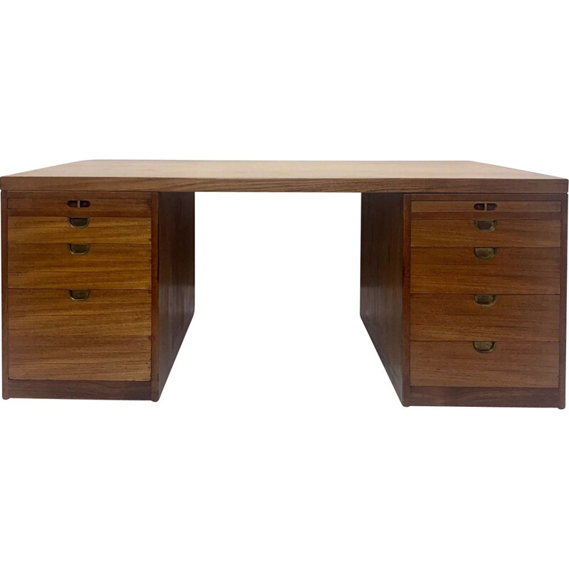 Scandinavian vintage desk for Lauritsen & Søn in teakwood 1950s