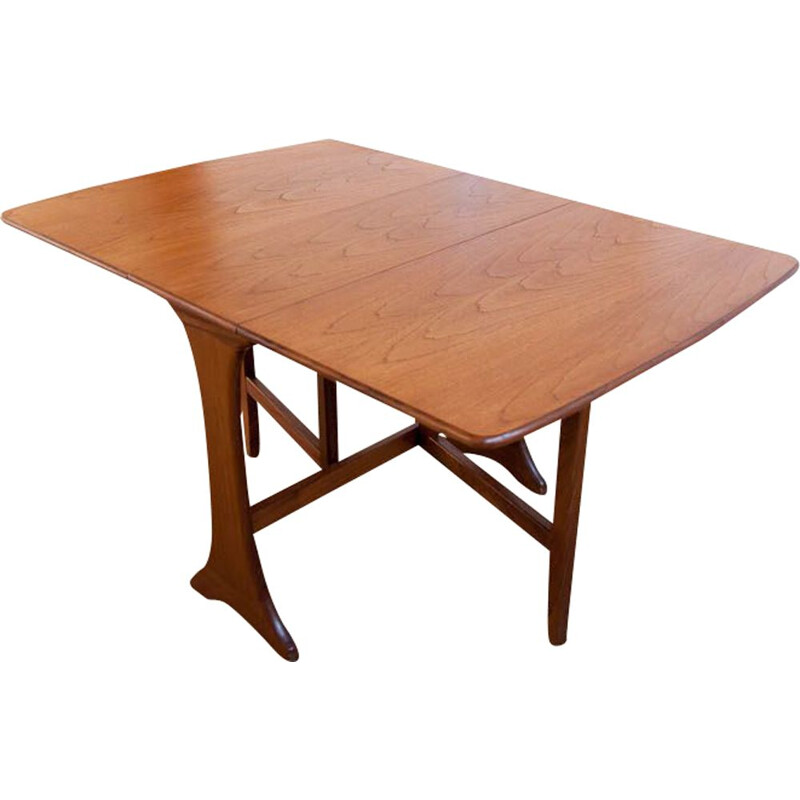 Vintage Scandinavian table with flaps