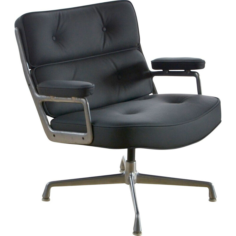Vintage Lobby Chair by Charles - Ray Eames Herman Miller