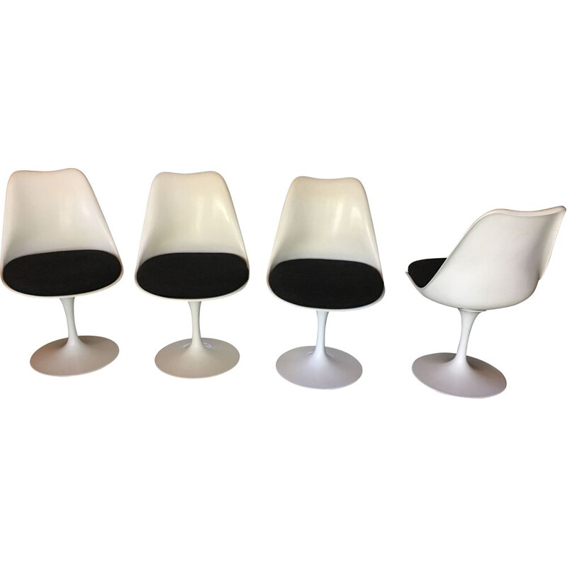 Set of 4 vintage chairs Tulip Saarinen for Knoll