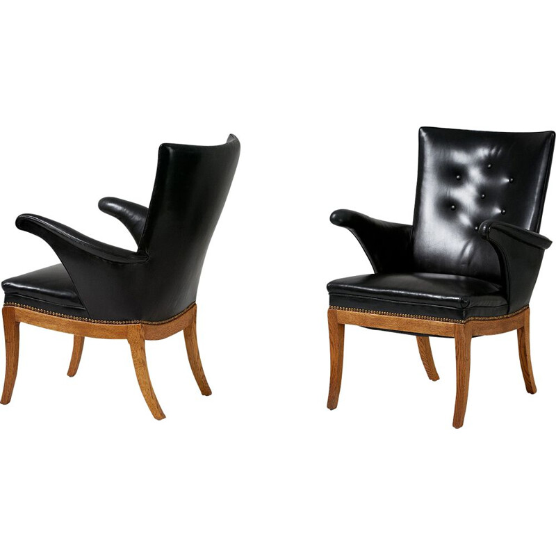 Pair of vintage armchairs oak & leather by Frits Henningsen 1932