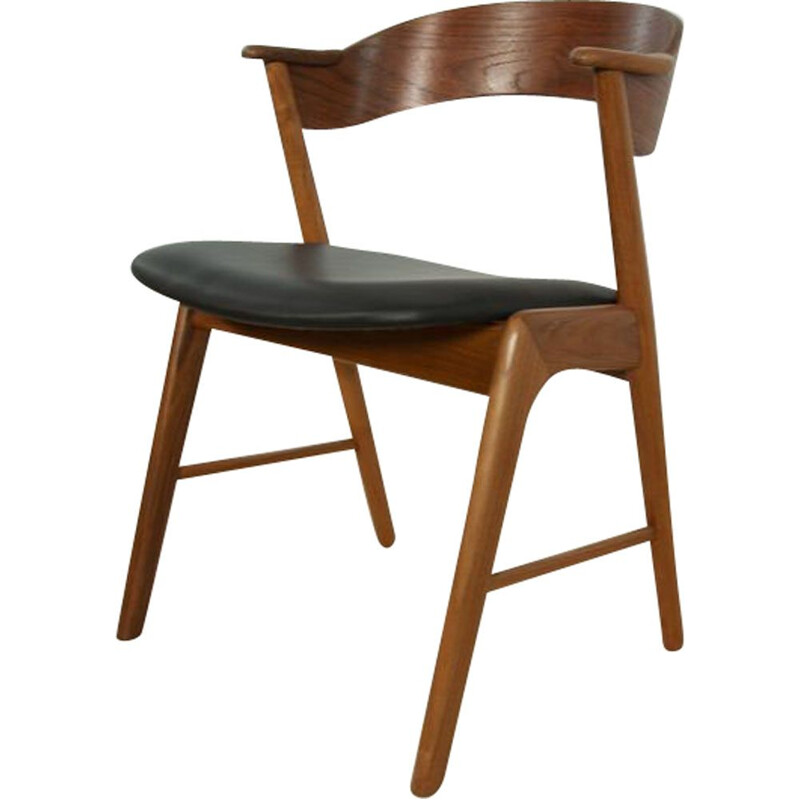 Vintage model 32 teak chair by Kai Kristiansen for Korup Stolefabrik