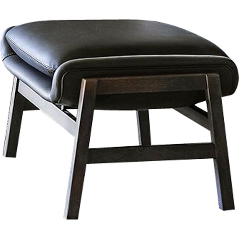 """Agnese"" leather footstool by Gianfranco Frattini for TACCHINI"