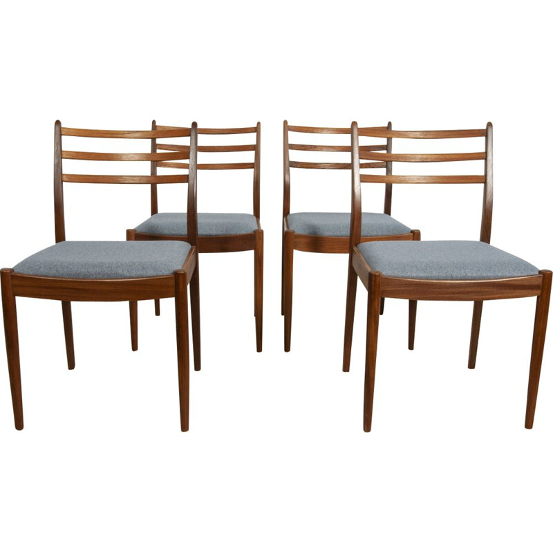 Set of 4 vintage chairs for G-Plan in teakwood and fabric 1960s