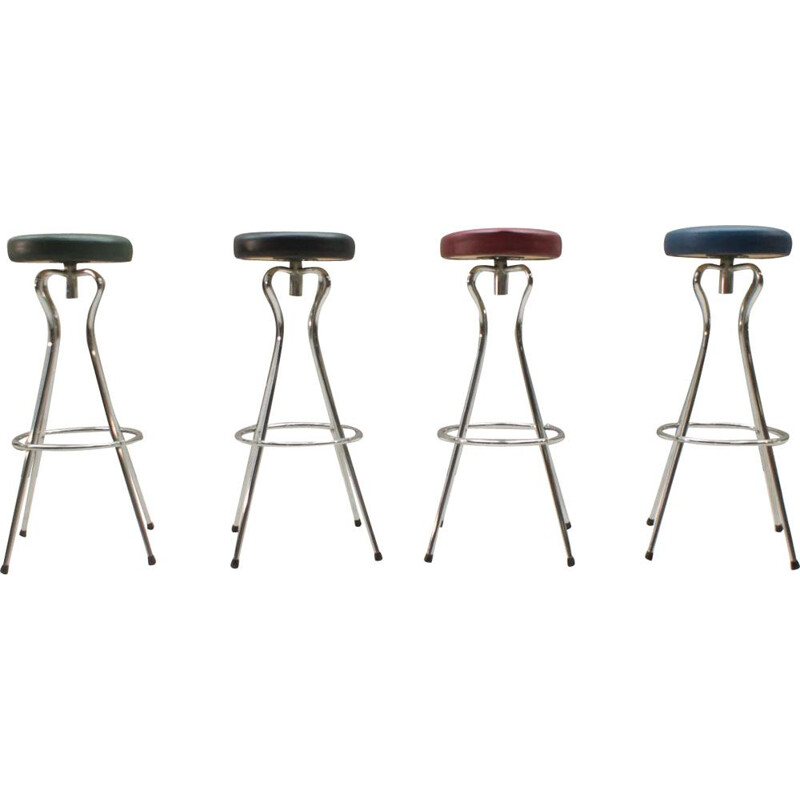 Set of 4 multicolored bar stools in metal