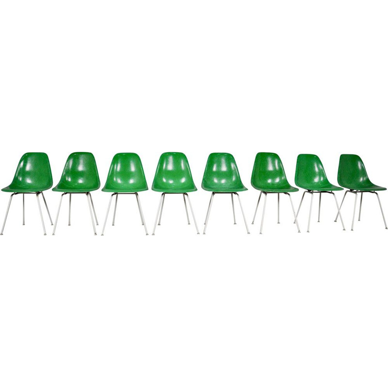 Vintage model DSX set of 8 Chairs by Charles & Ray Eames for Herman Miller 1960