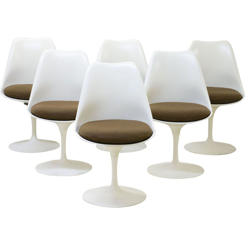 Suite of 6 vintage Tulip chairs by SAARINEN for KNOLL 1970