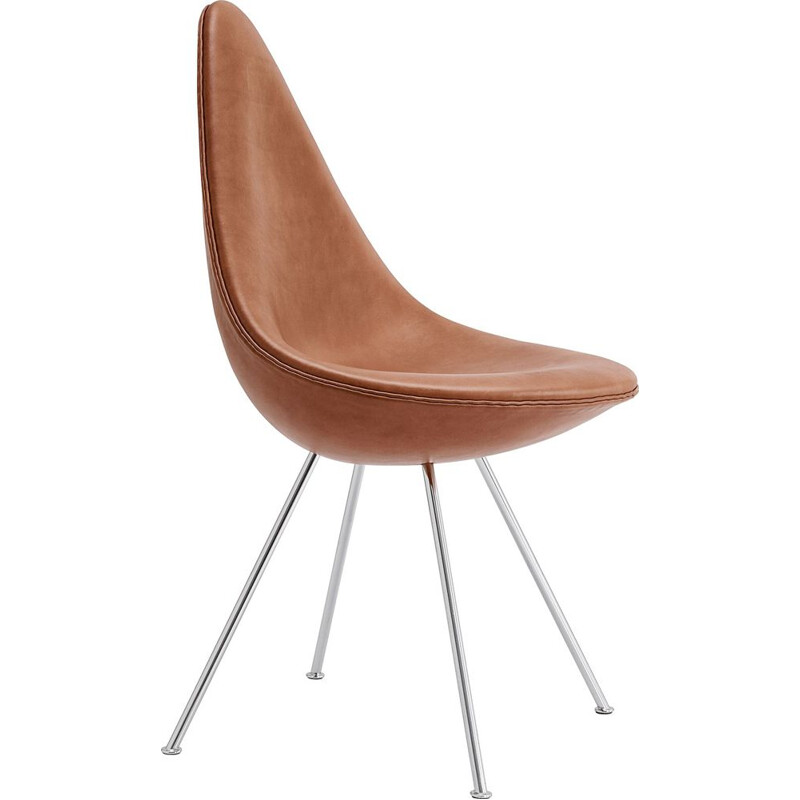 """Drop"" chair in leather by Arne Jacobsen for FRITZ HANSEN"