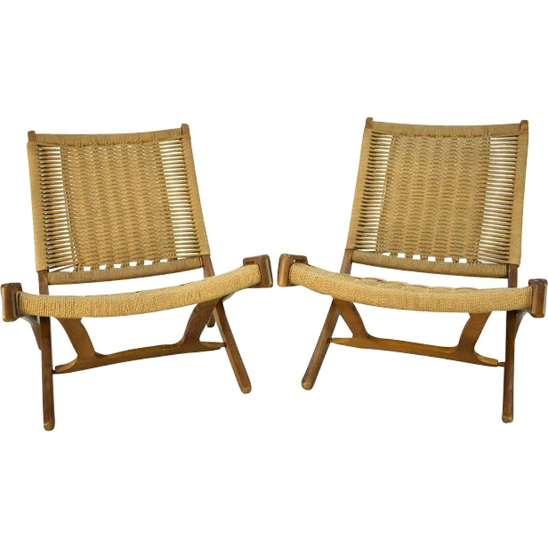 Pair of vintage folding chairs in rope
