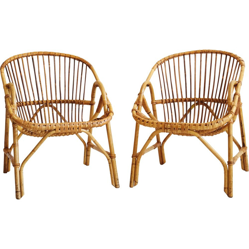 Vintage basket chair in rattan