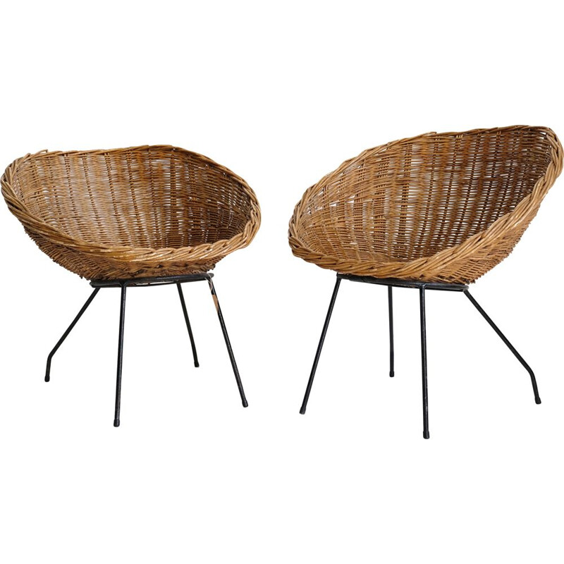 Vintage wicker chair with metal base
