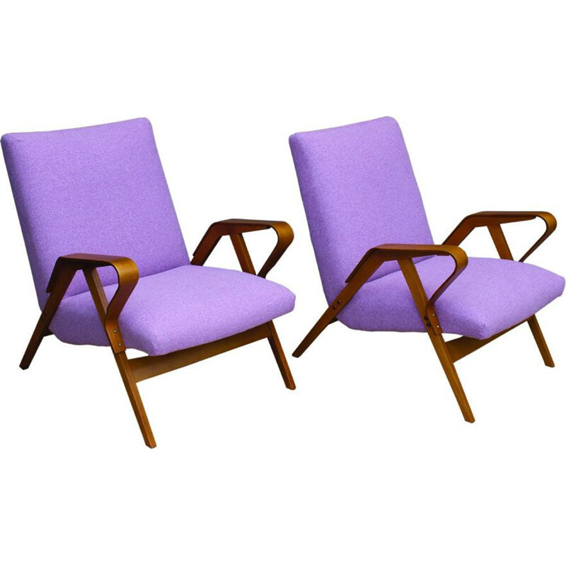 Set of 2 vintage armchairs in beech by František Jirák for Tatra, 1960s