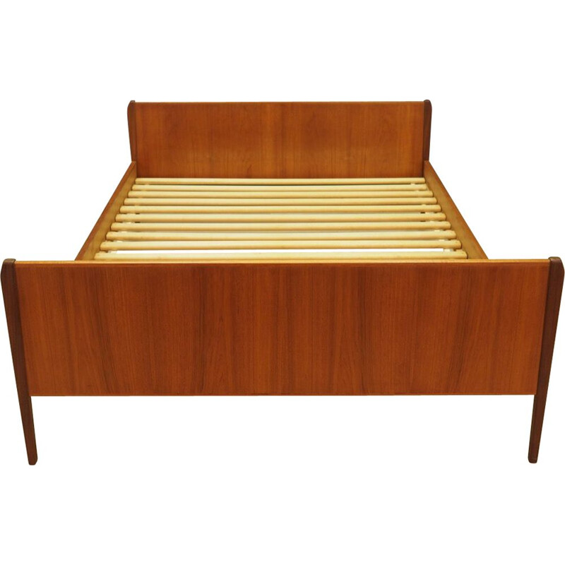 Danish vintage daybed in teak