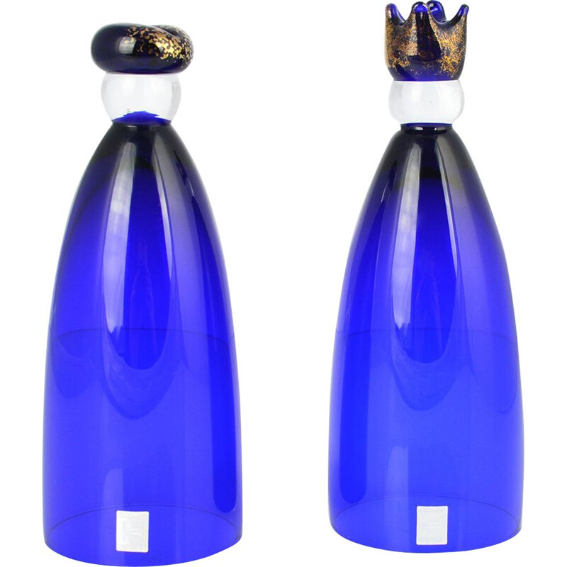 A pair of vintage glasses hand-made cobalt King & Queen, Norway 80s
