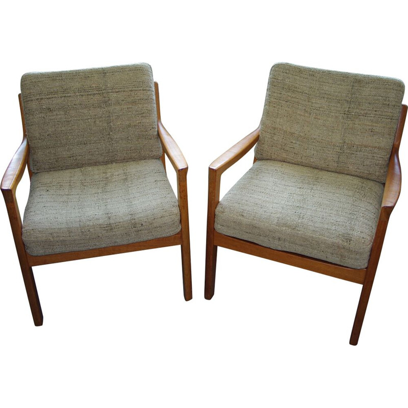 Pair of vintage senator chair from Ole Wanchers