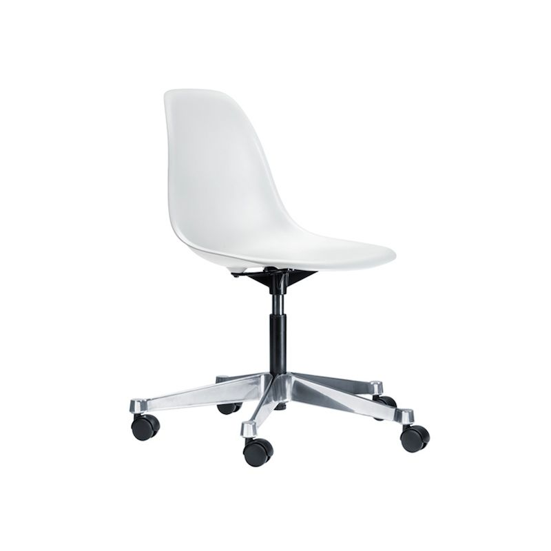 """Plastic Chair PSCC"" desk chair by Charles and Ray Eames for VITRA"
