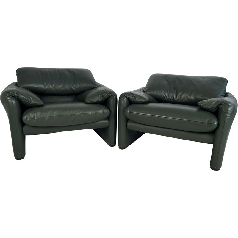 Pair of Maralunga chairs in leather by Vico Magistretti for Cassina
