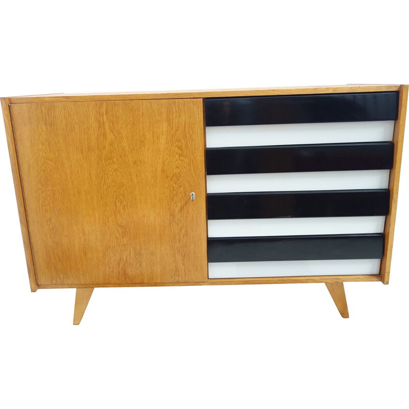 Vintage sideboard in oakwood by Jiri Jiroutek for Interier Praha