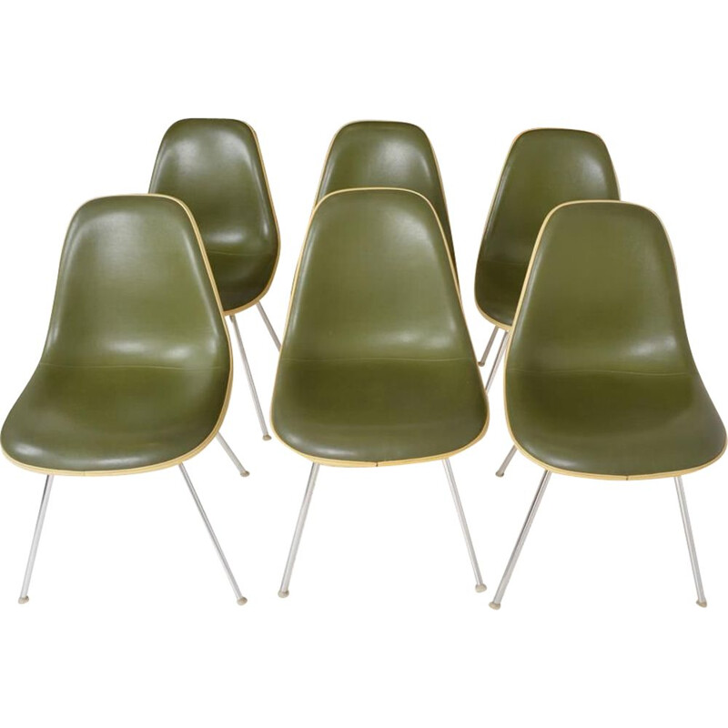 Set of 6 vintage chairs by Charles and Ray Eames edition Herman Miller 1970