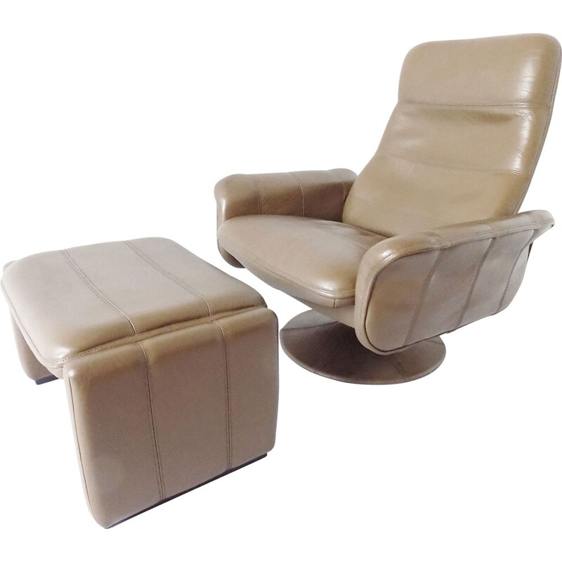 Vintage De Sede DS 50 tulip armchair with ottoman in brown leather 1970s