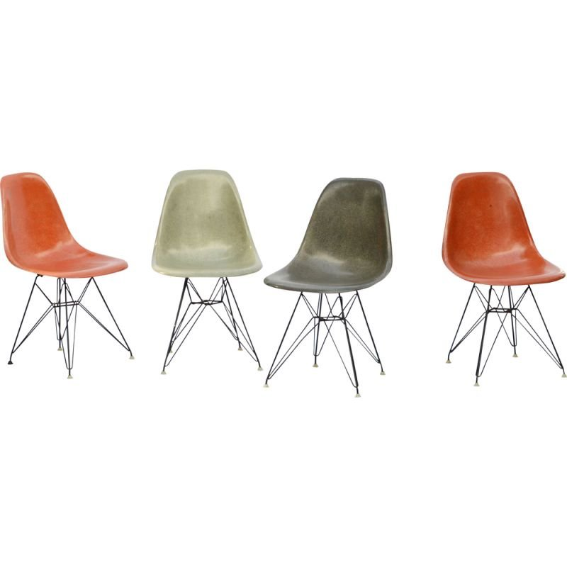 Set of 4 vintage chairs Eames fiberglass DSR by Zenith Plastics