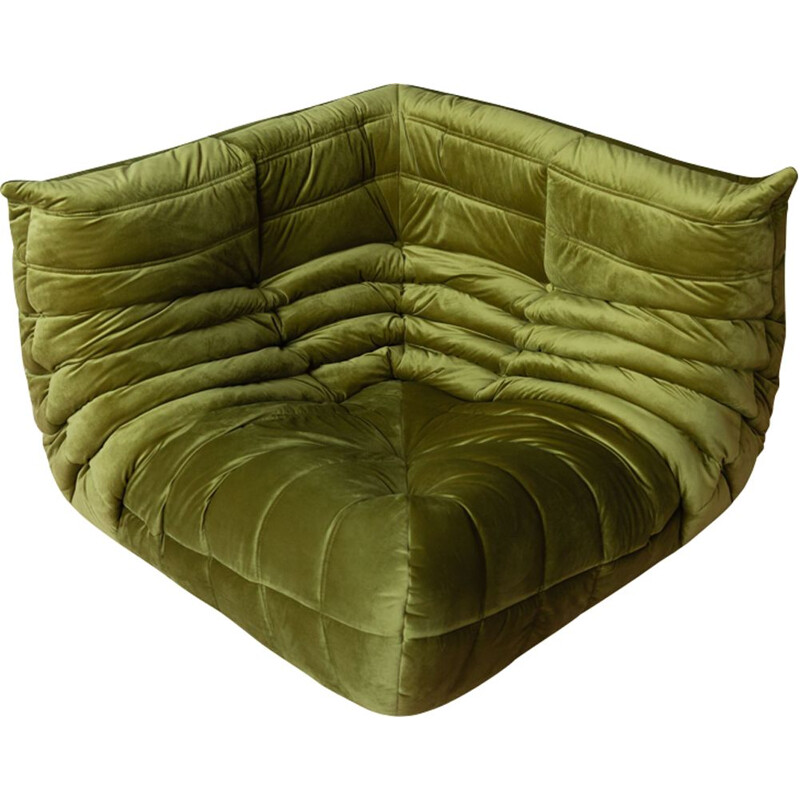 Vintage Togo lounge chair in Green Velvet by Michel Ducaroy for Ligne Roset,1970