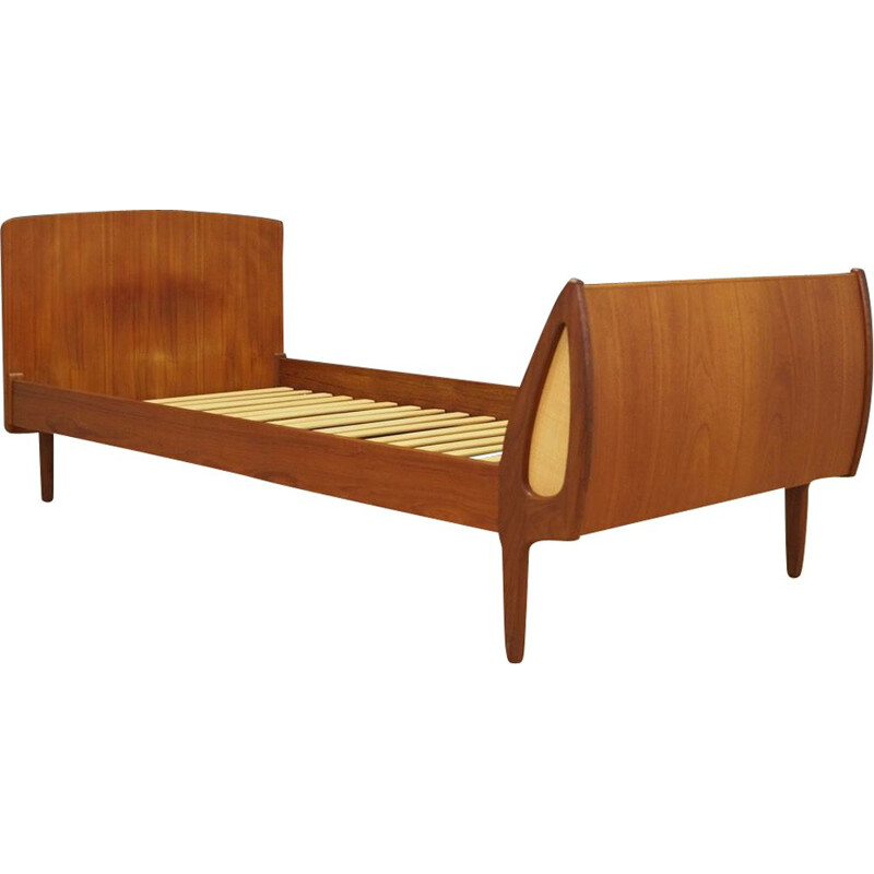 Vintage bed in teak by Sigfred Omann for Ølholm Mobelfabrik Denmark