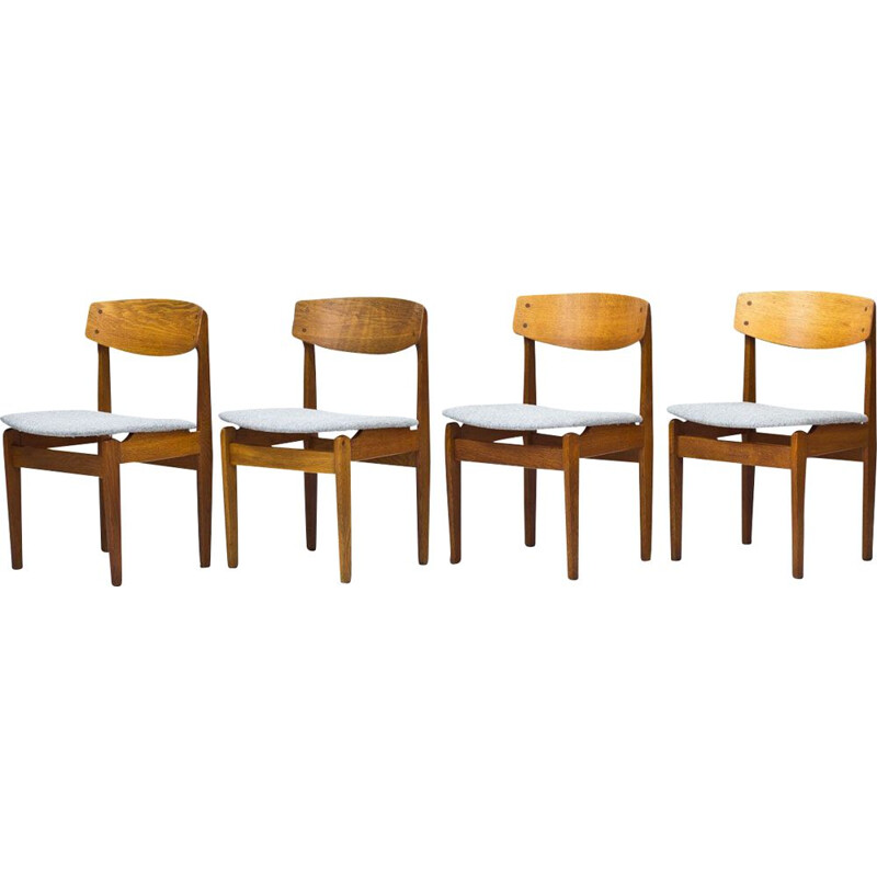 Set of 4 dining chairs in oak by Jørgen Baekmark for FDB, model 78