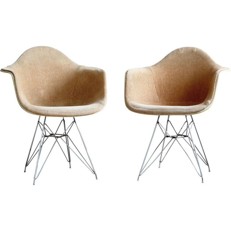 Set of 2 vintage DAR chairs by Charles & Ray Eames for Herman Miller by Zenith Plastics