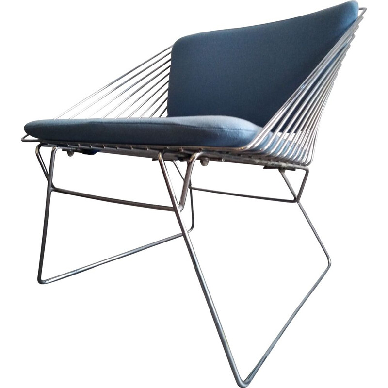 Vintage blue lounge chair for Fritz Hansen in metal 1980s