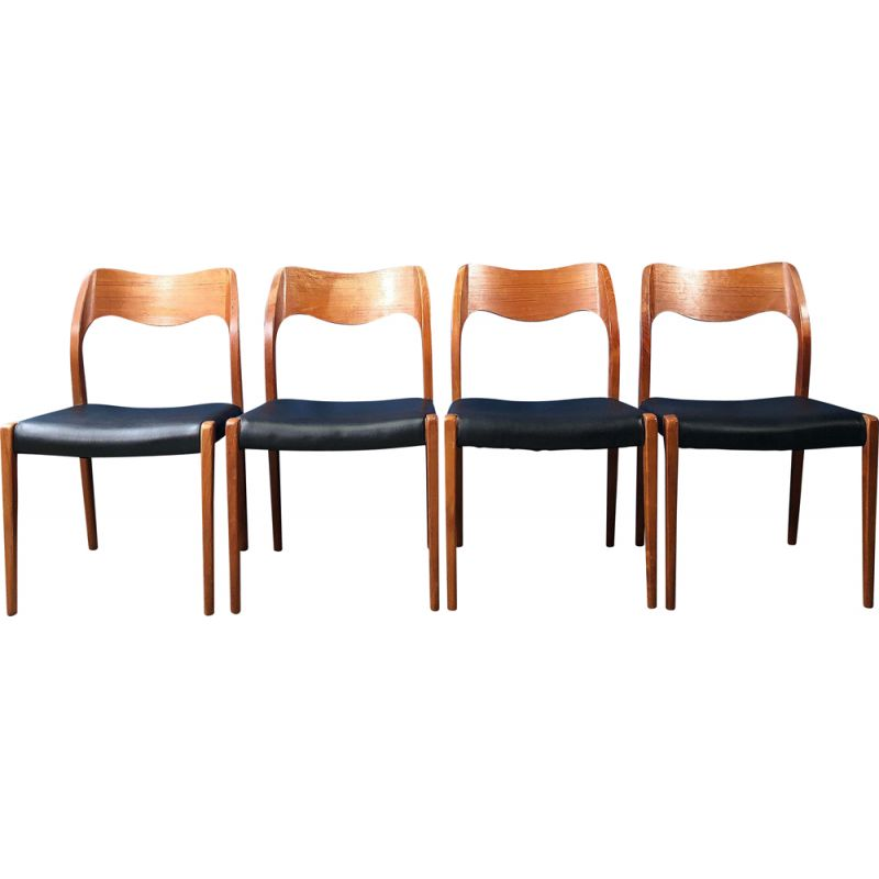 Set of 6 vintage chairs by Niels O. Moller 1960s