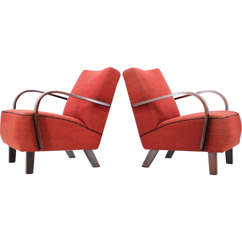 Set of two vintage armchairs by Jindřich Halabala
