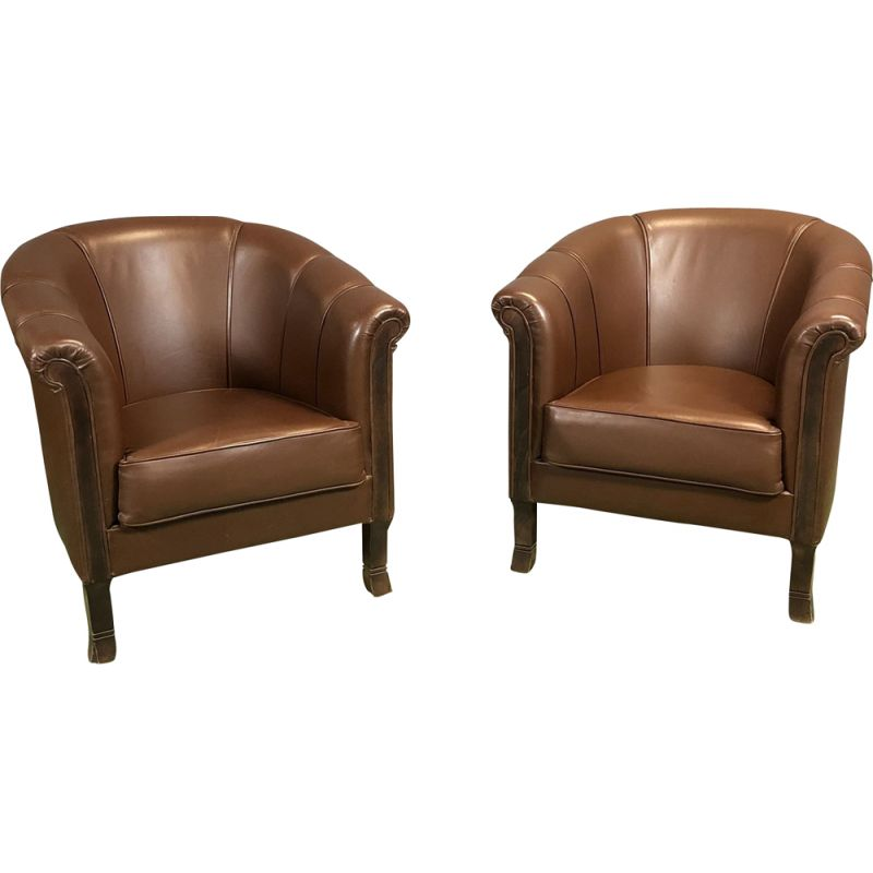 Pair of vintage armchairs club in leather France