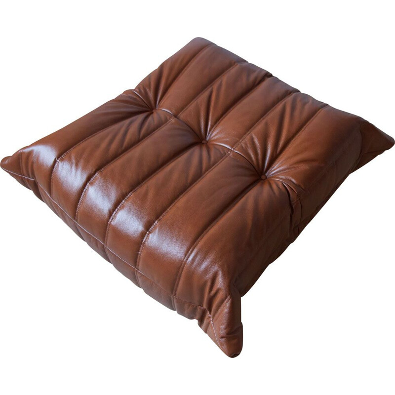 Vintage Togo pouf for Ligne Roset in whiskey brown leather, 1970s
