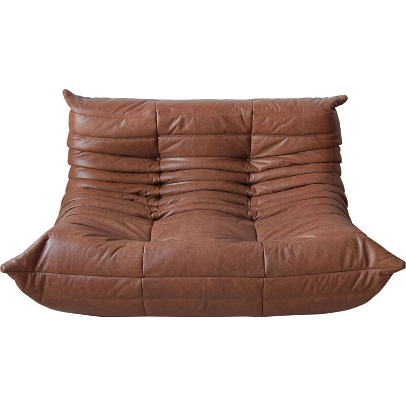 Vintage 2-seater Togo sofa for Ligne Roset in kentucky brown leather 1970s