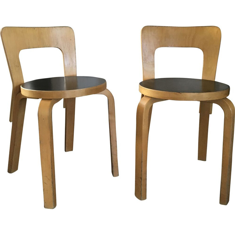Set of 2 vintage Model No. 65 chairs by Alvar Aalto for Artek