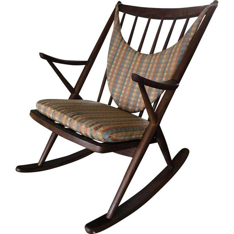 Vintage danish rocking chair for Bramin in teakwood
